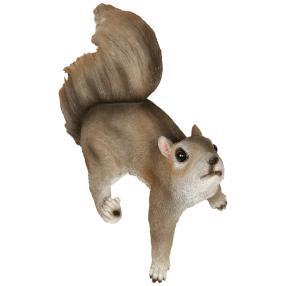Dekofigur Eichhörnchen hängend an den Hinterpfoten